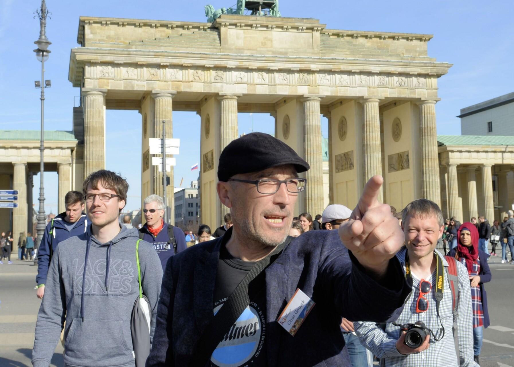 Berlin Stadtführung vor dem Brandenburger Tor