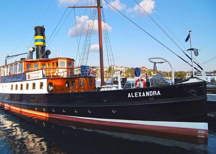 Salondampfer Alexandra im Flensburger Hafen