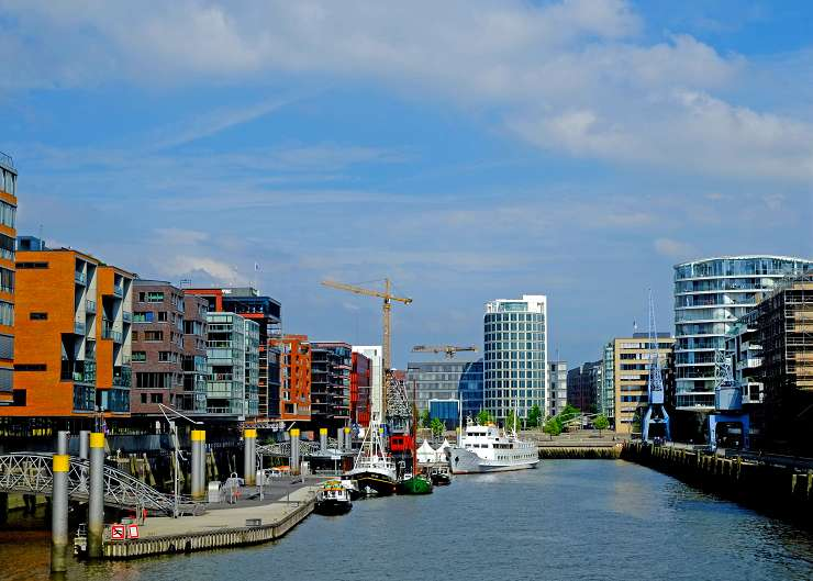 Firmenevent mit Führung durch die Hafencity