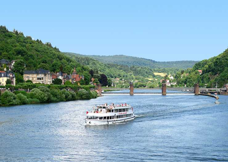 Schiffstour auf dem Neckar