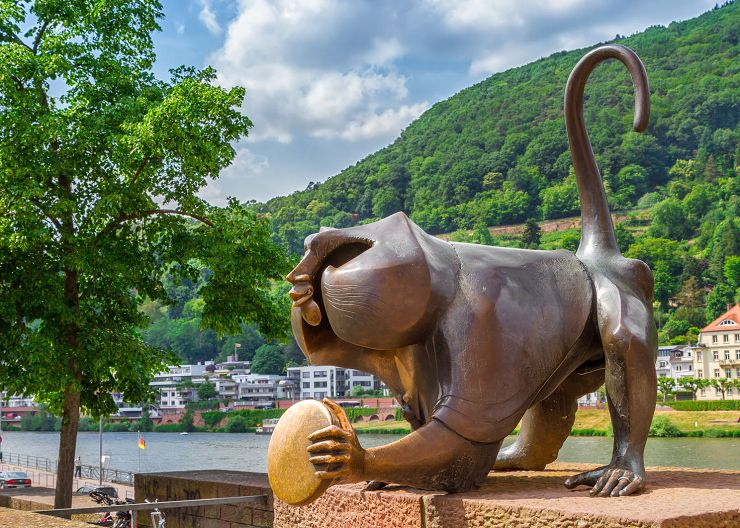 Brückenaffe auf Heidelbergs Alter Brücke
