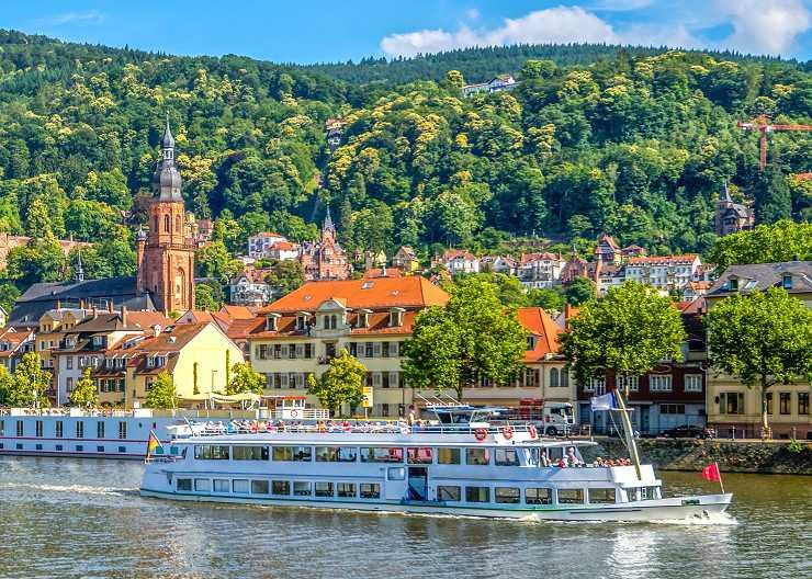 Gita aziendale in battello sul Neckar