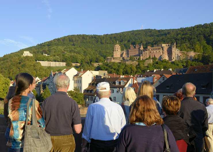 Nachtführung Heidelberg mit Blick auf das Schloss