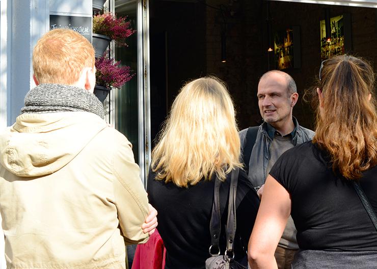 Gäste der Stadtführung in Köln-Ehrenfeld