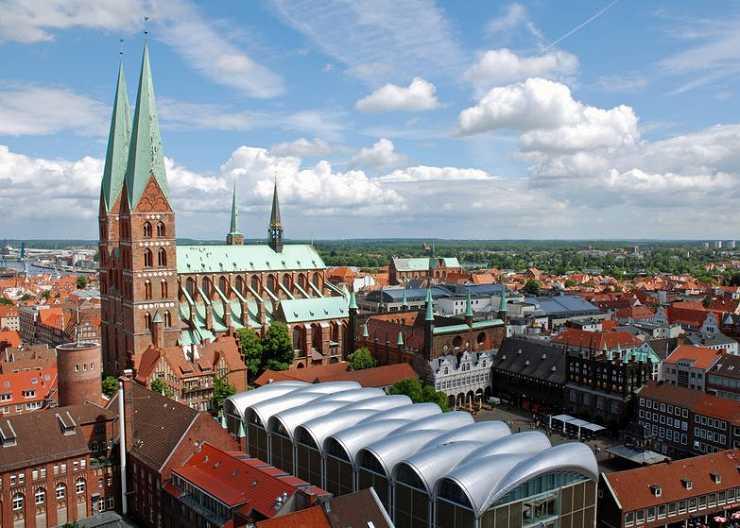Tour zu Markt, Rathaus und Marienkirche Lübeck