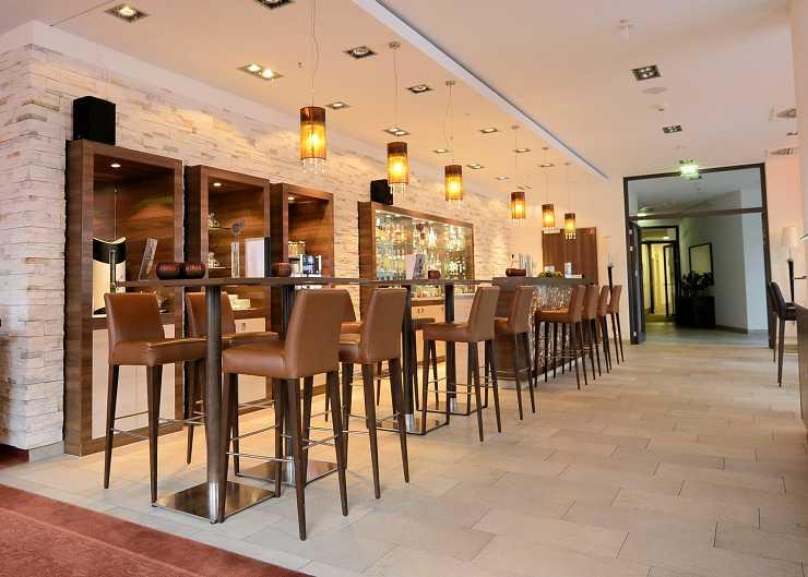 H4 Hotelbar