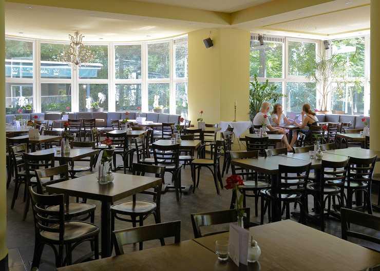 Café, Bar und Restaurant im Schloßgarten Münster