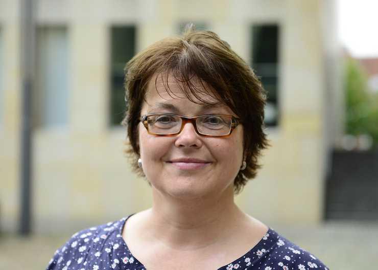 Annette Gierhake, Dipl.-Geogr.