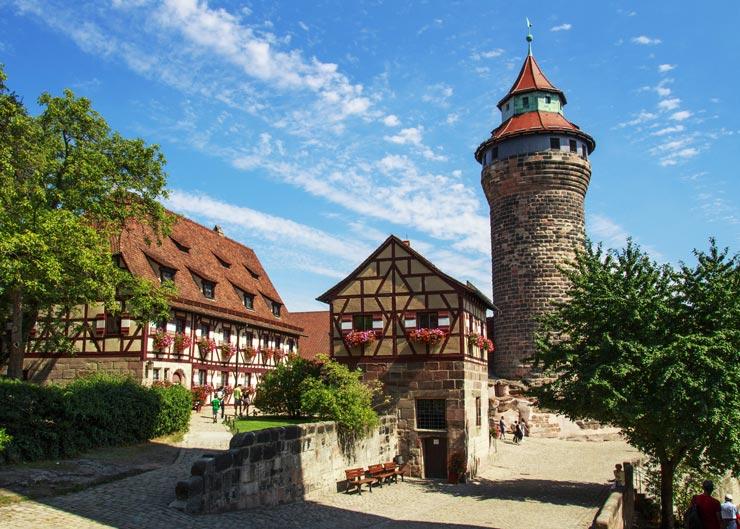 Kaiserburg mit Sinwellturm in Nürnberg