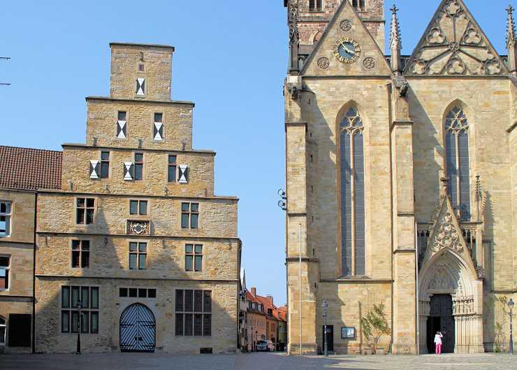 Osnabrücker Stadtwaage und Marienkirche