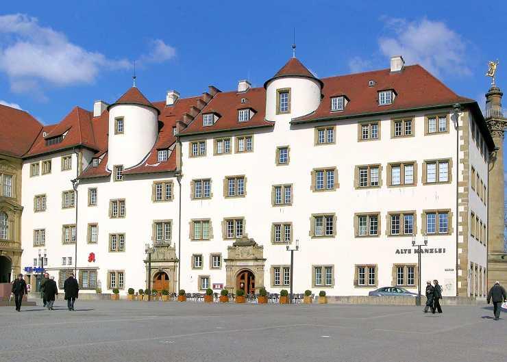 Alte Kanzlei am Schillerplatz