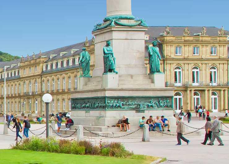 Jubiläumssäule vor dem Neuen Schloss in Stuttgart